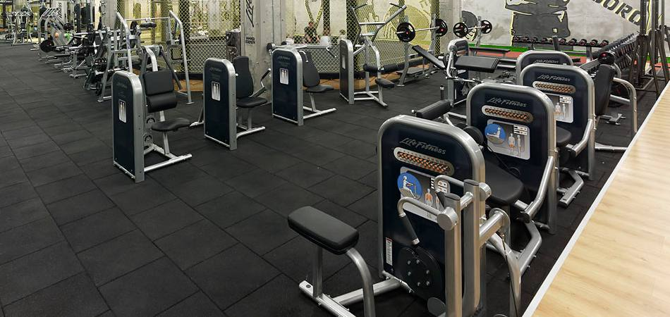 5 Things Done in Commercial Gyms That Need to Stop